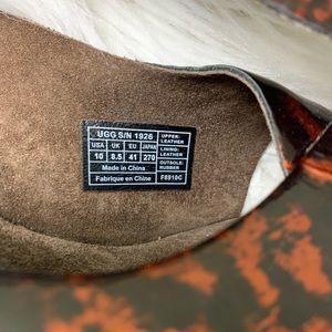 UGG Shoes - Ugg Hazel ll sz 10 wedge sandal slip on peep toe